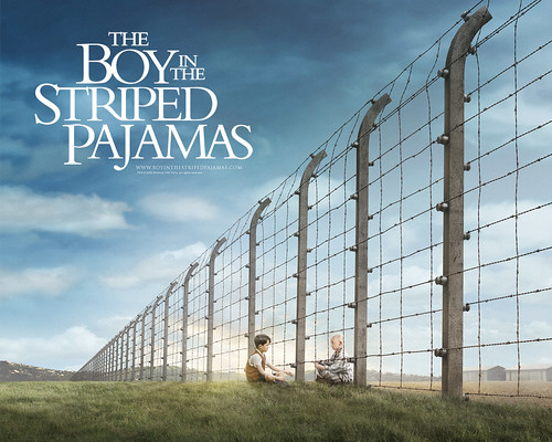 Asa_Butterfield_in_The_Boy_in_the_Striped_Pyjamas_Wallpaper_1_800