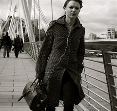 I want to go to the office with you :-) (Pierre Mallien) Tags: street uk bridge wedding england people urban bw en london girl fashion work canon shopping bag photo flickr raw belgique britain pierre candid stage tag pit explore waterloo boulot londres pont metropolis streetphoto mariage mode pour tinker tous streetphotographer coolhunters 40d rawstreet modedelarue photographederue pitvanmeeffe stylehunter mallien pierremallien streetandpeople streetstylers designinfluencers chasseurdelook photodelarue rechercheunphotographemariage stagephotobelgique walloniestage lemeilleurphotographedemariagedebelgique