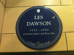 Photo of Les Dawson blue plaque
