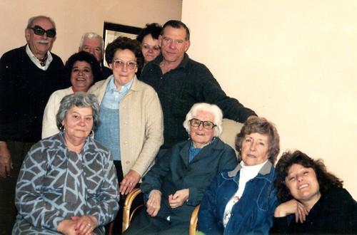 Hnos. Uribe - Nelida Davies de Uribe e hijos: Ricardo y Sonia.