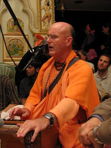 Indradyumna Swami visit ISKCON San Diego Gaura Purnima Festival  2010  por ISKCON desire tree.