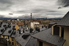 Bierzo XII (-Luisfer-) Tags: espaa spain ciudad roofs leon tejados ponferrada luisfer pizarra elbierzo luisferfoto