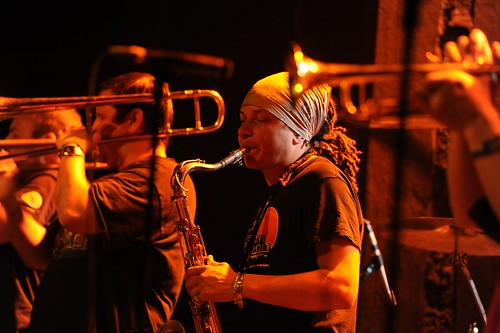 Youngblood Brass Band By McYavell - 110507 (34)