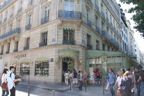 Laduree, Champs-Élysées