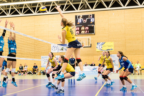 "3. Heimspiel vs. Volleyball-Team Hamburg • <a style=""font-size:0.8em;"" href=""http://www.flickr.com/photos/88608964@N07/32776827916/"" target=""_blank"">View on Flickr</a>"