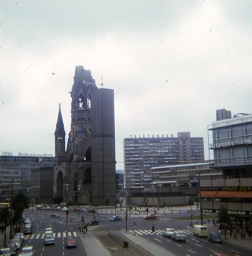 memoriarobada017-BERLIN-1966