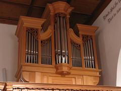 Orgel / Kirchenorgel der St. Leonhard / Emerita Kirche in Trimmis ( Church / Eglise / Chiesa ) in Trimmis im Kanton Graubünden in der Schweiz (chrchr_75) Tags: hurni christoph schweiz suisse switzerland svizzera suissa swiss kanton graubünden kantongraubünden grischun rheintal chrchr chrchr75 chrigu chriguhurni burgentour 2009 burgentour2009 kirche kirchenorgeln kirchenorgel orgel church musik music musikinstrument instrument chiuche iglesia kirke kirkko εκκλησία chiesa 教会 kerk kościół igreja церковь albumkirchenorgelnderschweiz orgelkantongraubünden orgeltrimmis trimmis st leonhard emerita organ organe urut orgán organo 臓器 órgão órgano bezirklandquart kantongrischun hurni091114 albumgraubünden église temple albumkirchenundkapellenimkantongraubünden