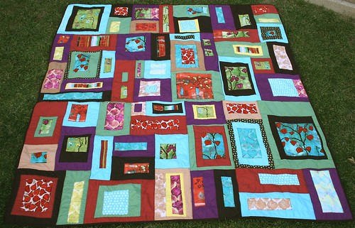 Lantern Bloom Quilt / Alissa Haight Carlton