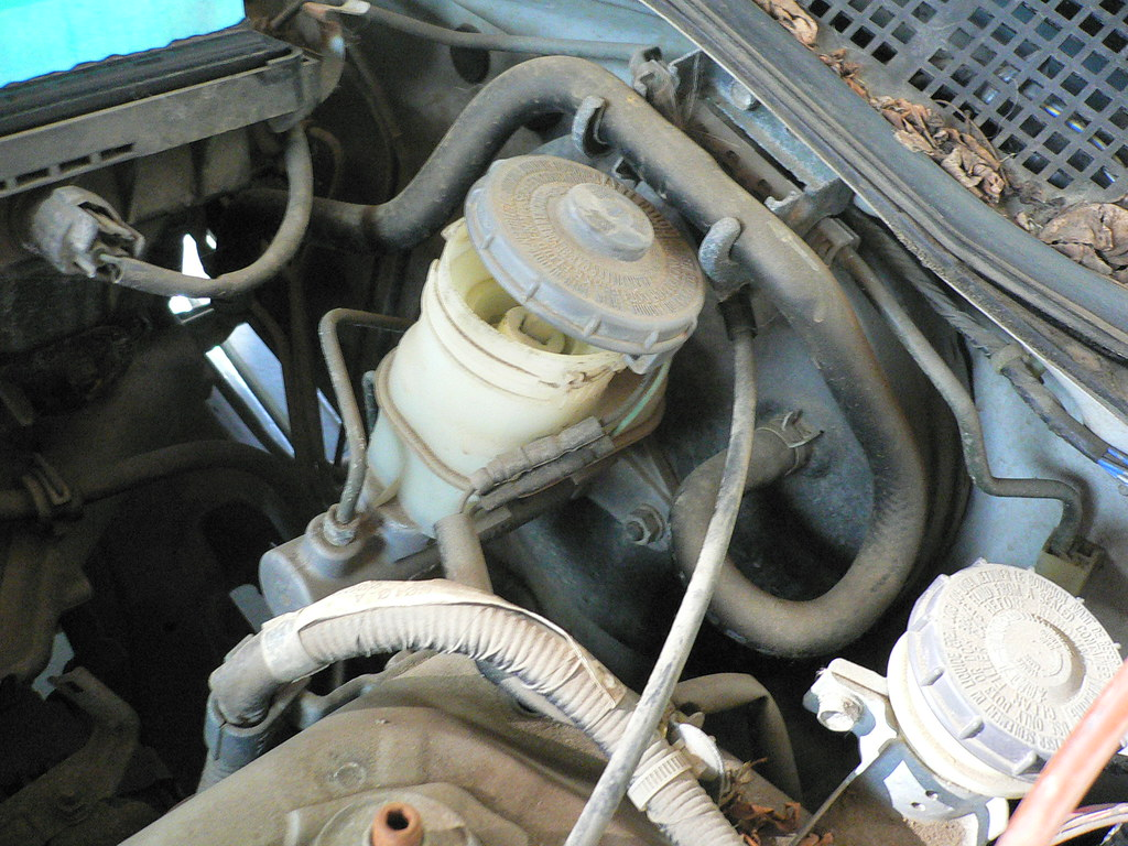 Melted Brake Master Cylinder Cap Honda Civic Forum Wiring Harness Found This Pic Of How It Connects Maybe Your Wires Fell Down Behind The Strut Tower Area