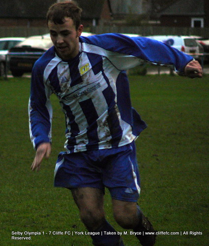 Cliffe FC vs Selby Olympia 5Dec09