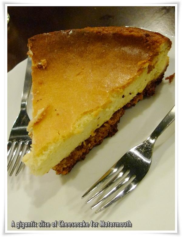 Cheesecake @ Michelangelo's Pizzeria