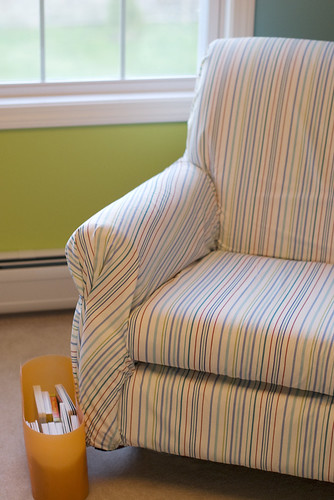 nursery_chair3