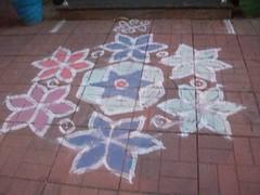Kolams and Rangoli 2010 (Chella Vaidyanathan) Tags: india art painting artwork drawing chennai picturesque kolam rangoli decorativeart tamilculture southindianculture southindianart tamiltradition
