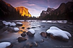 El Capitan on Fire - Valley View, Yosemite Park, California, USA (Rich Capture) Tags: california winter sunset moon mist snow reflection nature water fog clouds canon river eos golden waterfall rocks stream glow view adams tripod meadow straw tunnel falls yosemite vail halfdome hay bridal elcapitan gitzo wonders valleyview b1 ansel arcaswiss topseven platinumphoto theunforgettablepictures ef1635mmf28lii 5dmark2 yourwonderland