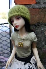 sGreenButterfly1 (Tuvie) Tags: doll knit aurora mio bjd dollfie narae narindoll