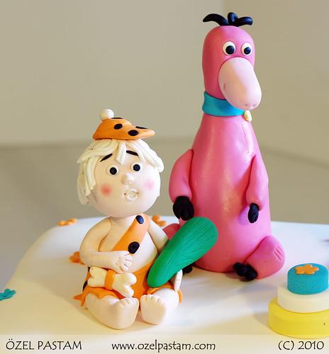 Çakmaktaşlar Bam Bam ve Dino Pastası / Flintstones Cake