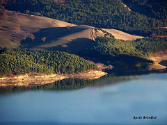 Lago di Occhito - Macchia Valfortore - Molise (Marioleona) Tags: italy landscape tramonto paisaje paisagem paesaggio landschap gmt molise appennini sanniti sannio valfortore mariobrindisi cainapoli kernotart