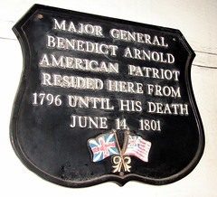 Photo of Benedict Arnold black plaque