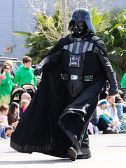 Darth Vader (John Petrick) Tags: starwars darthvader waterstreet stpatricksdayparade 501stlegion d90 hendersonnv darksideoftheforce 18200mmvr march13th youdontknowthepowerofthedarkside theabilitytodestroyaplanetisinsignificantnexttothepoweroftheforce stpatricksdayparardehendersonnevada stpatricksdayparade2010 neoncitygarrison dumdumdedumdumdedumdumdedum