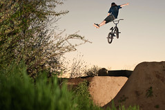 Mikey Double Can One Hander (brandonmeans) Tags: california sunset brandon trails 360 mikey southern dirt bushes temecula jumps means snafu haro strobes babbel d300s seeuentee