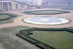 Gardens of Verseilles in the cold (SteveOwen52) Tags: 1979 france verseilles versailles chateaudeversailles jardins