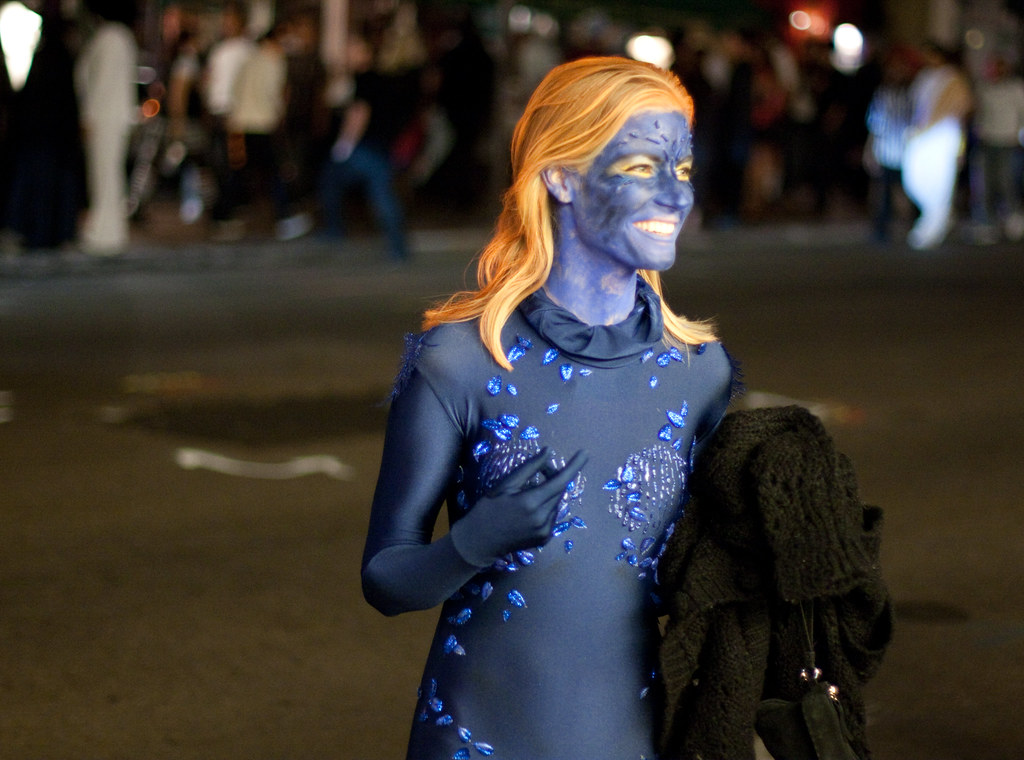 Mystique (San Diego Shooter) Tags portrait halloween sandiego cosplay streetphotography xmen mystique halloweencostumes & The Worldu0027s Best Photos of halloween and mystique - Flickr Hive Mind