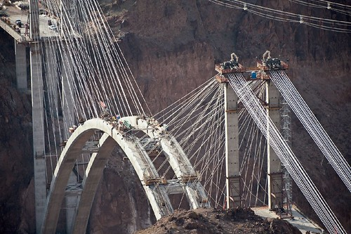 Hoover Dam Bypass temp cables