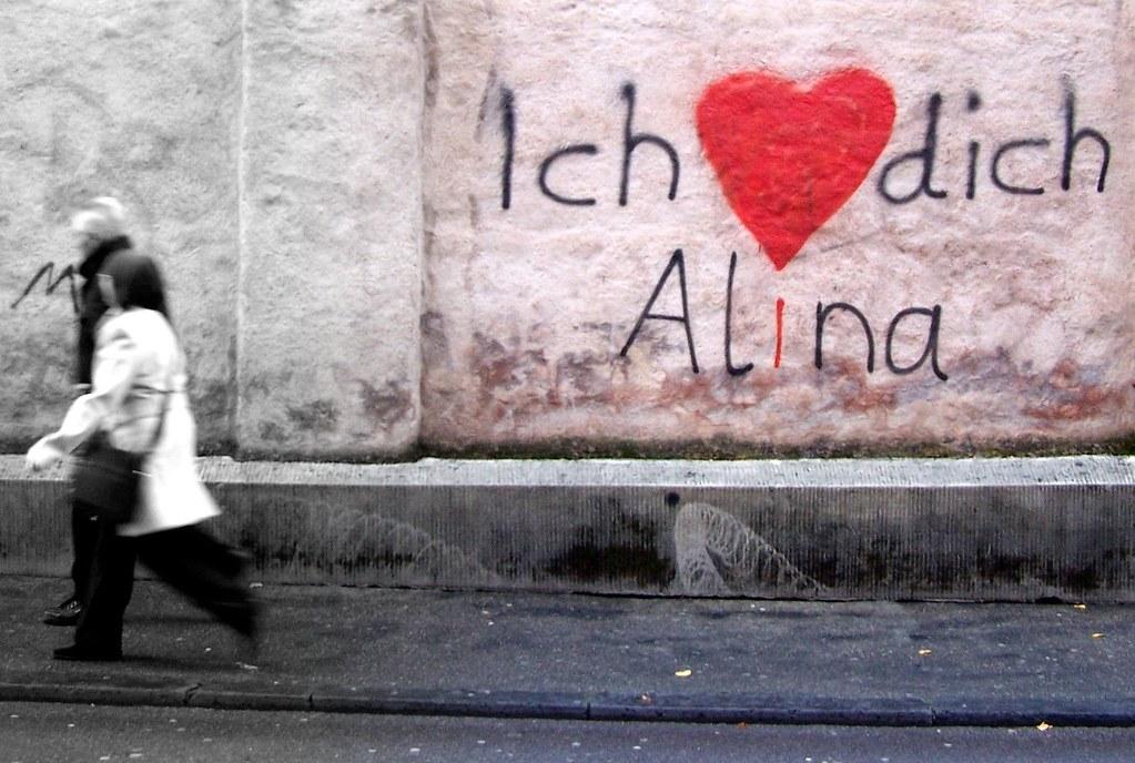 alina street art