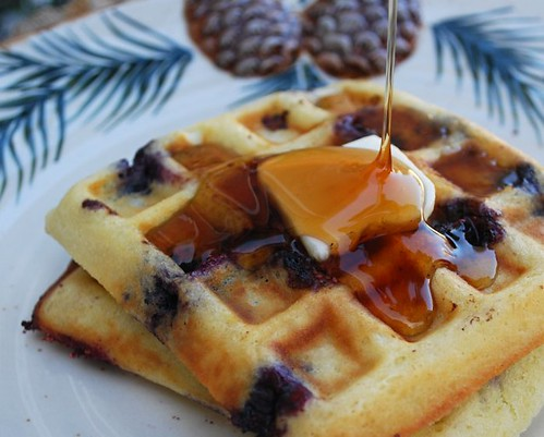 The Cutting Edge of Ordinary: Blueberry Sour Cream Waffles