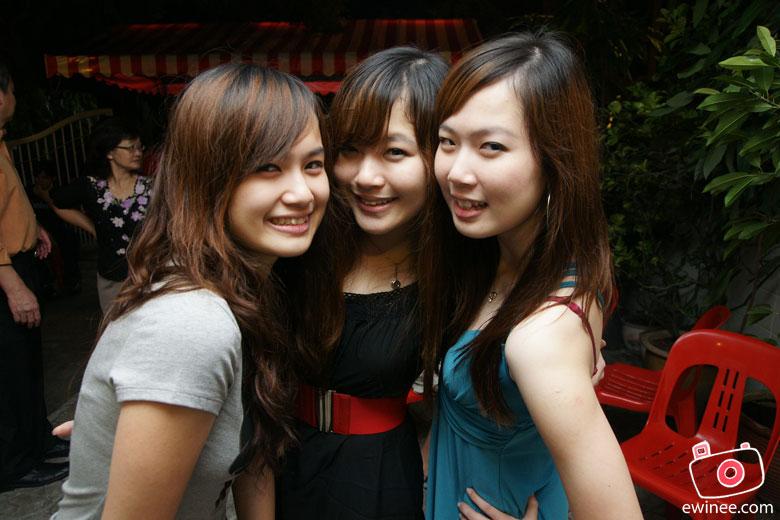 Yang-Nee's-Birthday-3-sisters