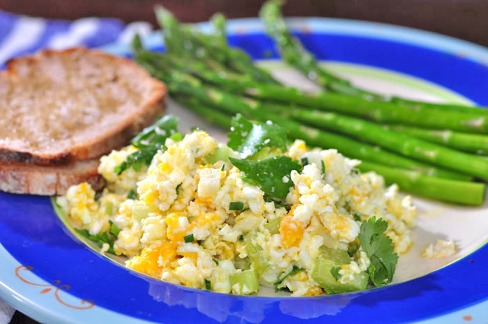 egg_salad_asparagus_breakfa.jpg