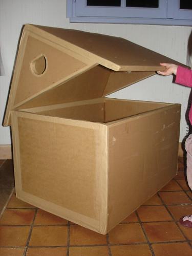 Maison en carton 1