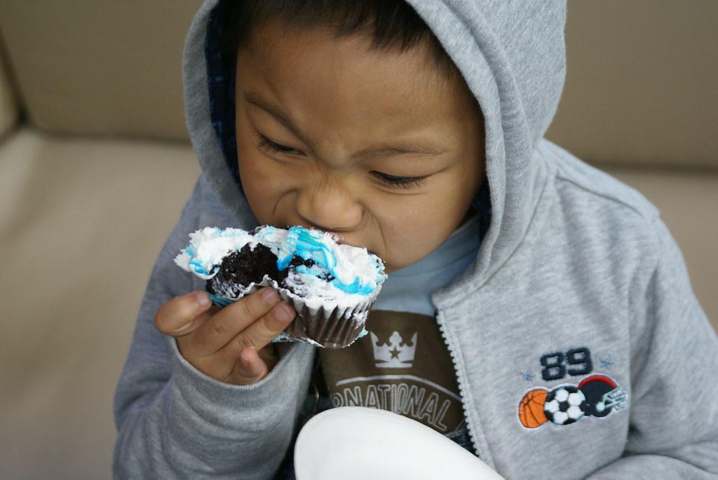yum cupcake