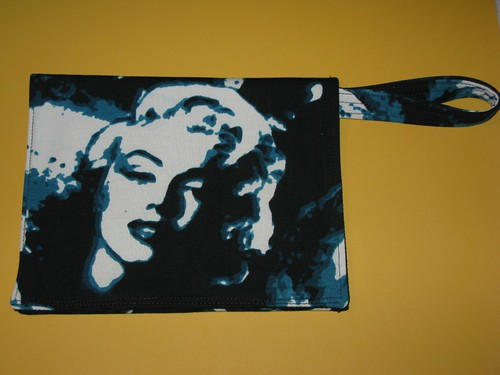 marilyn monroe clutch 20 te le