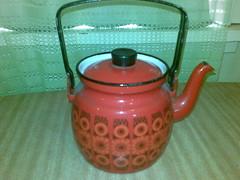 teapot (poly-ester) Tags: kitchen retro teapot