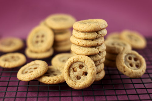 food gifts: coraline cookies tutorial