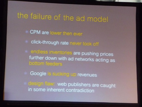 Advertising model is unable to support quality journalism, need to use hybrid model of advertising + other revenue sources