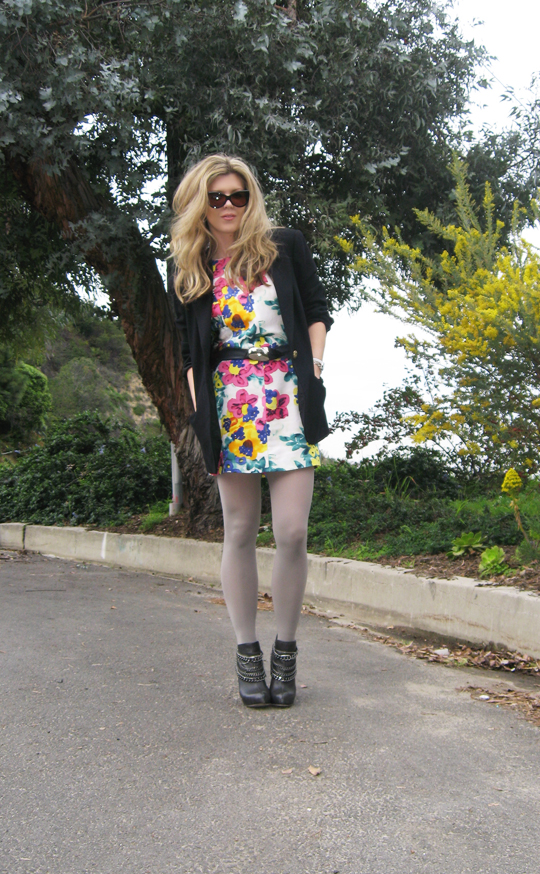 floral dress gray tights boots blazer4
