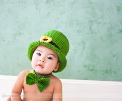 Happy St Pats! (sweetpeatoad~) Tags: baby green dpsgreen sweetpeatoad stptricks