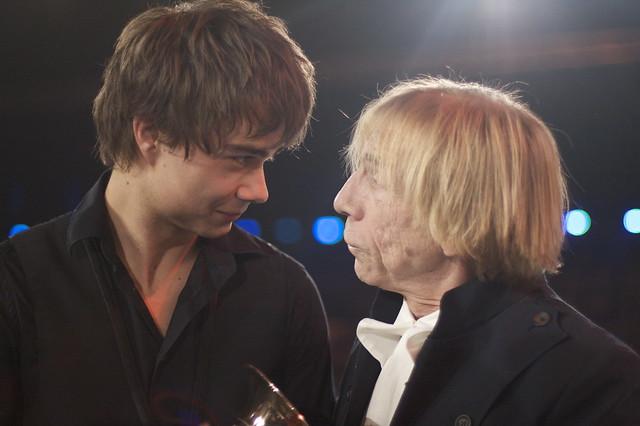 Alexander Rybak og Jahn Teigen er to av kjempene i Norges Melodi Grand Prix-historie. Her fra Spellemannsprisen 2009.
