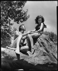 7000-0224 (AliceJapan ʕ •ᴥ•ʔ) Tags: 1936 johnny maureen mgm weissmuller johnnyweissmuller maureenosullivan o'sullivan tarzanescapes