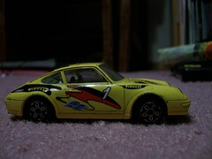 Burago Porsche 911 Carrera (rutaloot) Tags: italy car mexico toy model 911 porsche carro carrera sanborns jugete burago