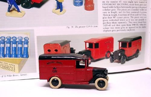 Dinky Toys Post office van