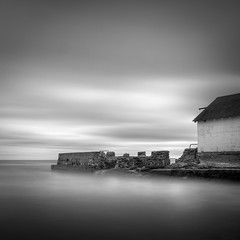 Ruin (Jeff Gaydash) Tags: longexposure blackandwhite water square seascapes greatlakes lakescapes nd110