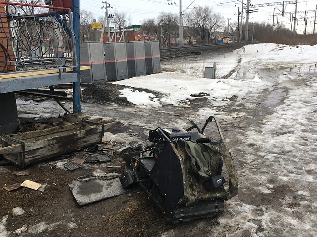 ВСызрани грузовой поезд насмерть сбил мужчину наснегоходе