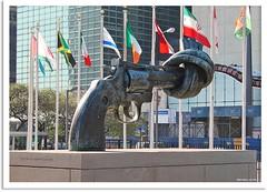 New York 2009 - Non Violence Skulpture