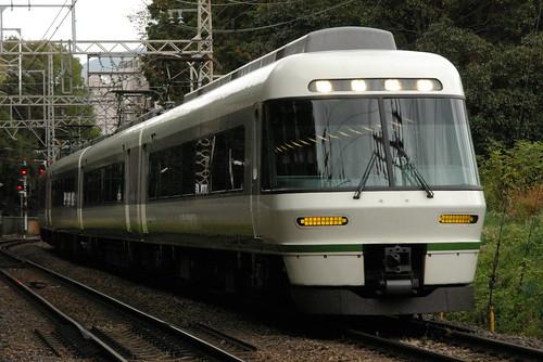 Kintetsu26000series in Kashiharajingu-mae〜Kashiharajingu-nishiguchi,Kashihara,Nara,Japan 2009/11/15