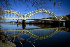 16th Street Bridge Reflection (Matt Niemi) Tags: reflection pittsburgh 16thstreetbridge alleghenyriver