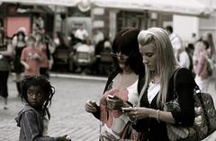 You've got a message ! Who ?? me ?? (Pierre Mallien) Tags: street uk wedding people urban en london canon garden mono photo raw message phone belgique image pierre candid stage explorer streetphotography pit covent agency londres metropolis streetphoto mariage pour gens tinker photographe tous streetphotographer photoderue relooking streetstyle streetphotograph coolhunters photographiederue 40d rawstreet modedelarue photographemariage photographederue pitvanmeeffe stylehunter mallien pierremallien streetstylers pierremallienphotographe modereportagereportage mariageeventsevenementielsagencemannequinorganisation evenementssocitjennyferconseil pitvanmeeffeandlookyouagency designinfluencers chasseurdelook photodelarue rechercheunphotographemariage stagephotobelgique walloniestage lemeilleurphotographedemariagedebelgique