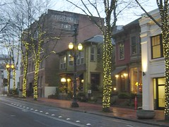Downtown lites 005 (Beaverton Jezzo) Tags: park blue chris gay light max rose hospital garden portland lights downtown trolley beaverton rail goose line lloyd quarter canary streetcar hollow pge merlo 158th jezzo